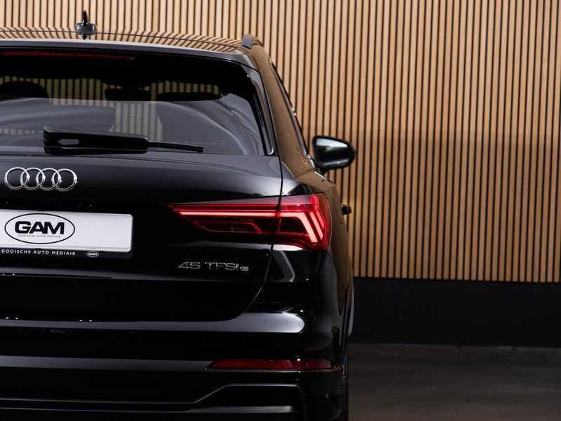 """Audi Q3 45 TFSI e S Edition 20"""", B&O, PANO, LED, B&O, S-LINE afbeelding 3"""