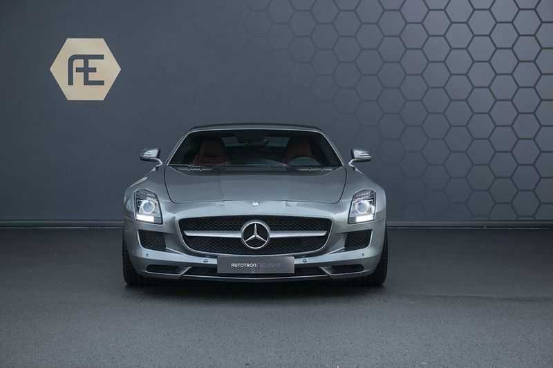 Mercedes-Benz SLS Roadster 6.3 AMG Carbon Pack + MIDDLE GRAY HIMALAYAS + Full Carbon Motor afdekking afbeelding 13