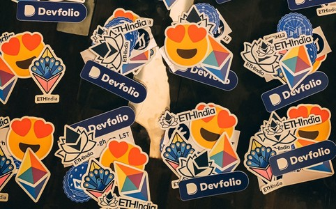 Devfolio swag you can get