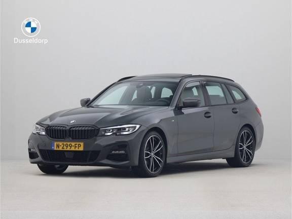 BMW 3 Serie Touring 320i Executive M-Sport Automaat