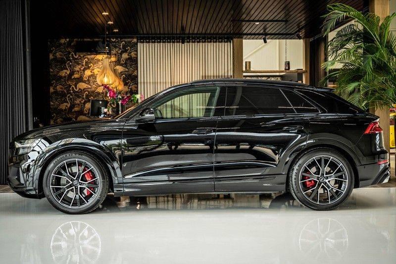 Audi SQ8 4.0 TFSI quattro | Bang & Olufsen | HUD | Leder valcona met ruit | Stoel massage | Alcantara | Nachtzicht | PANO | afbeelding 2