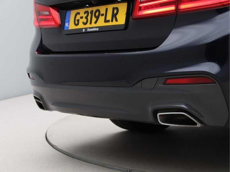 BMW 5 Serie 520i High Executive M-Sport afbeelding 15