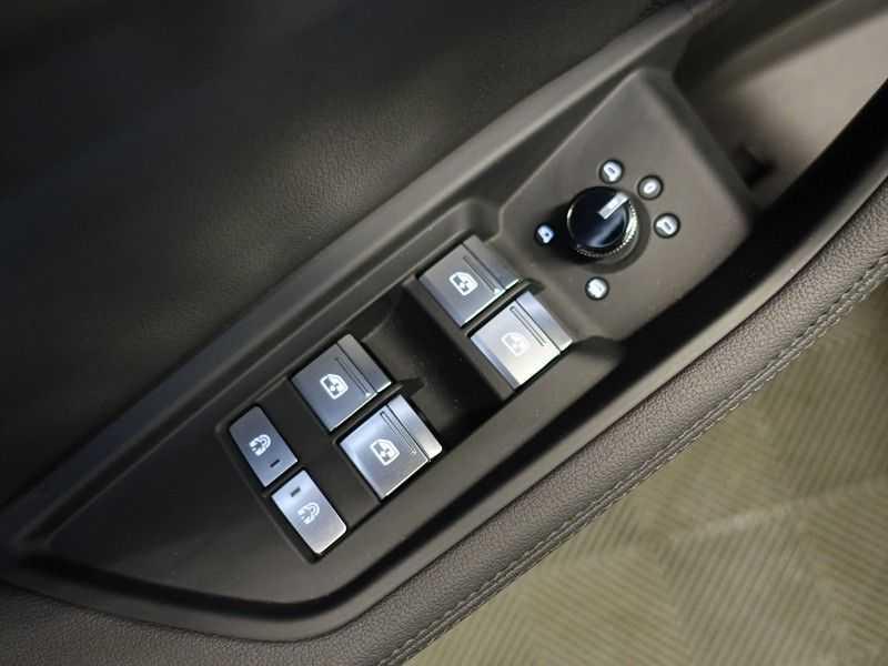 Audi e-tron e-tron 50 quattro Launch Edition plus [4% bijtelling] Full options, direct leverbaar afbeelding 14