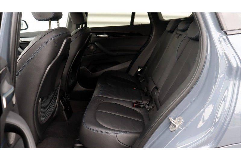 BMW X1 xDrive20i High Executive M Sport Panoramadak, Head-Up Display, Leder, Trekhaak afbeelding 22