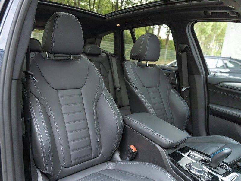 BMW iX3 High Executive - Trekhaak - Direct Beschikbaar! afbeelding 15