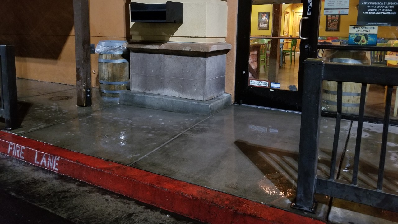 pressure-washing-cafe-rio-storefront-and-siding--cleaning-37