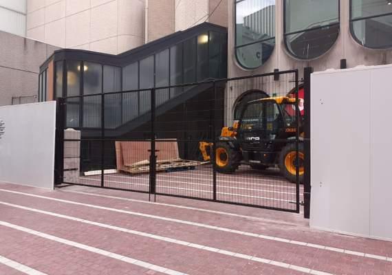 PVC hoarding vehicle gate