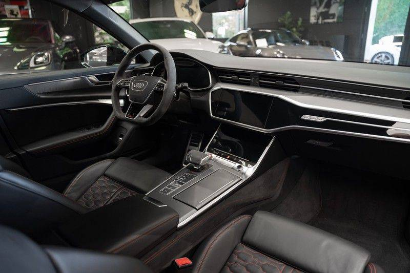 Audi A6 Avant RS 6 TFSI quattro Akrapovic B&O Panoramadak afbeelding 7
