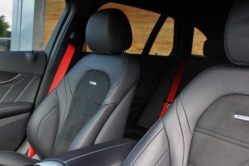 Mercedes-Benz C-Klasse C63 AMG 4.0 V8 Estate 476pk! **360°Camera/Burmester/Spoorassistent** afbeelding 18