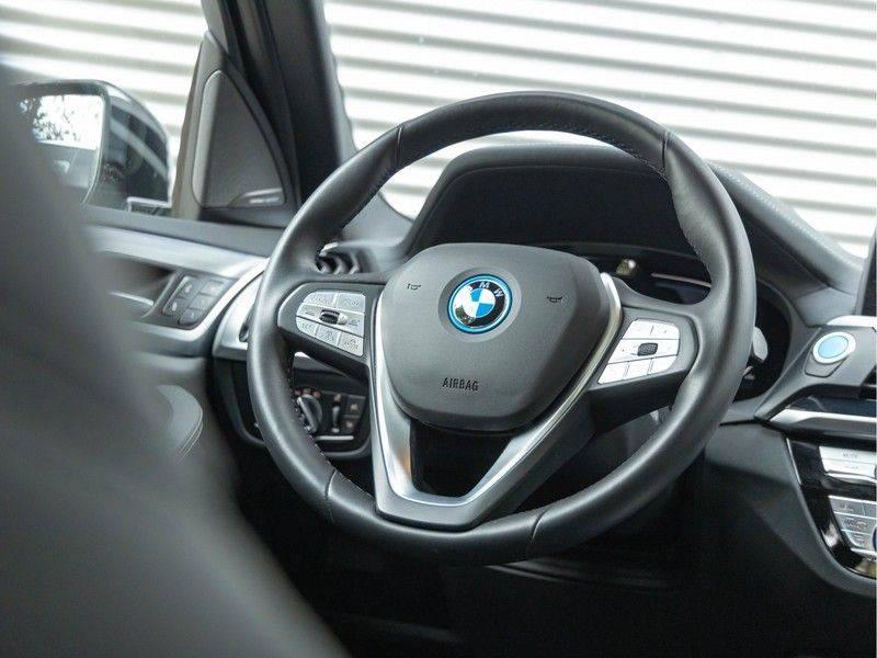 BMW iX3 High Executive - Trekhaak - Direct Beschikbaar! afbeelding 18