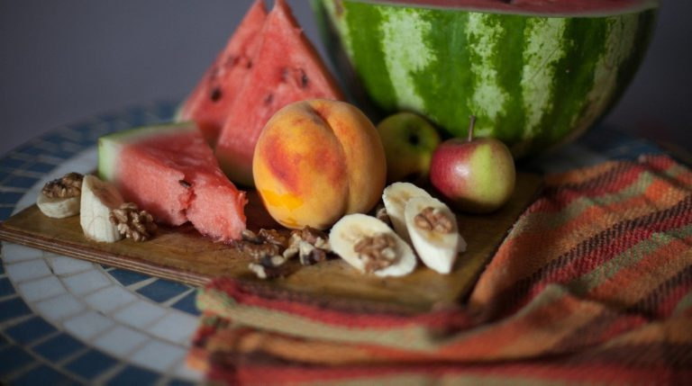 hyperactivity-in-children-need-fruits