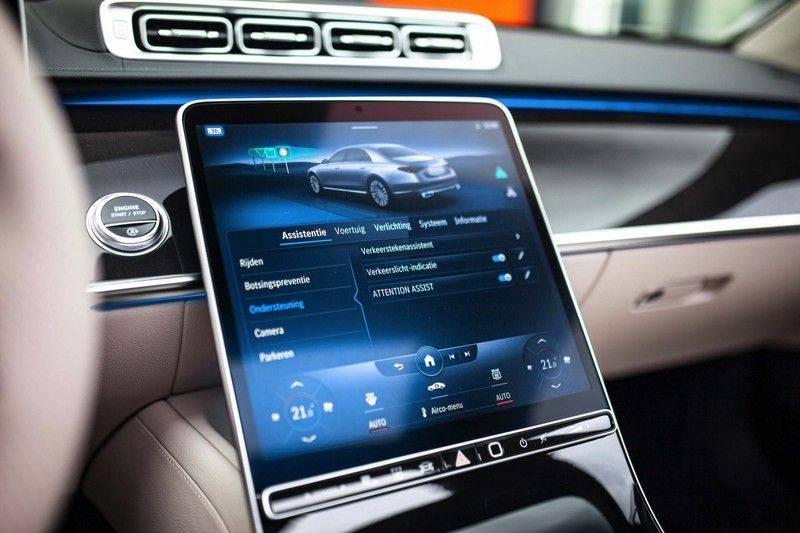 "Mercedes-Benz S-Klasse 500 4Matic Lang AMG NP €193.000 *Pano / 3D Burmester / HUD / Distronic / 21"" / 3D Display* afbeelding 19"