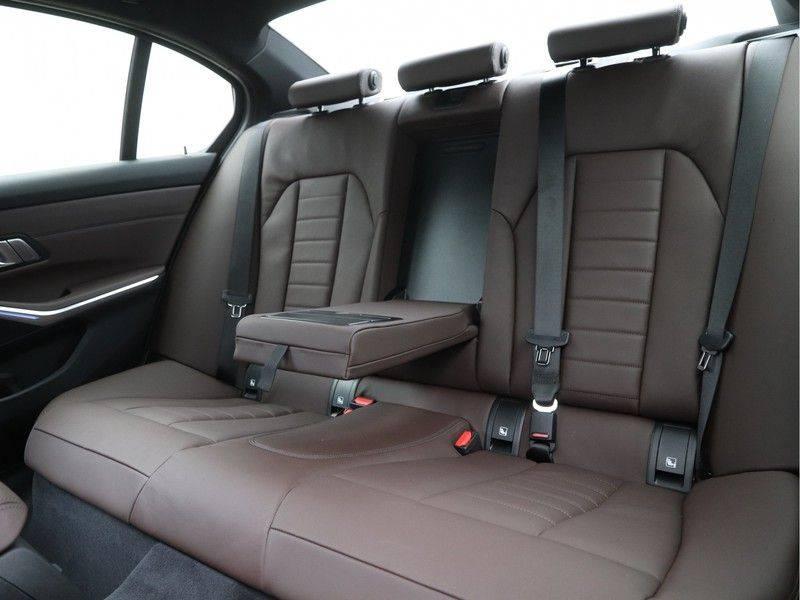 BMW 3 Serie 320e High Exe M-Sport Hybrid afbeelding 14