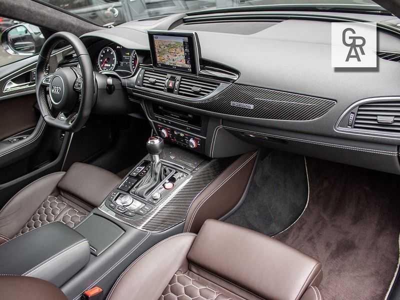 Audi RS6 Avant 4.0 TFSI RS6 PERFORMANCE | KERAMISCH | CARBON | EXCLUSIVE | MILLTEK afbeelding 3