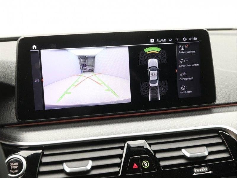 BMW 5 Serie 520d Sedan High Exe M-Sport afbeelding 17