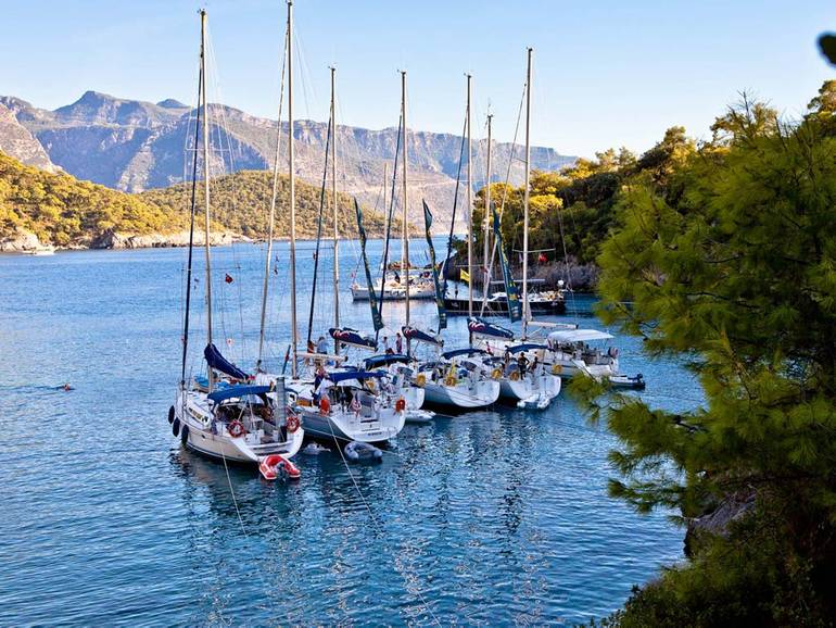 Experience unspoilt natural beauty during a Turkey sailing trip
