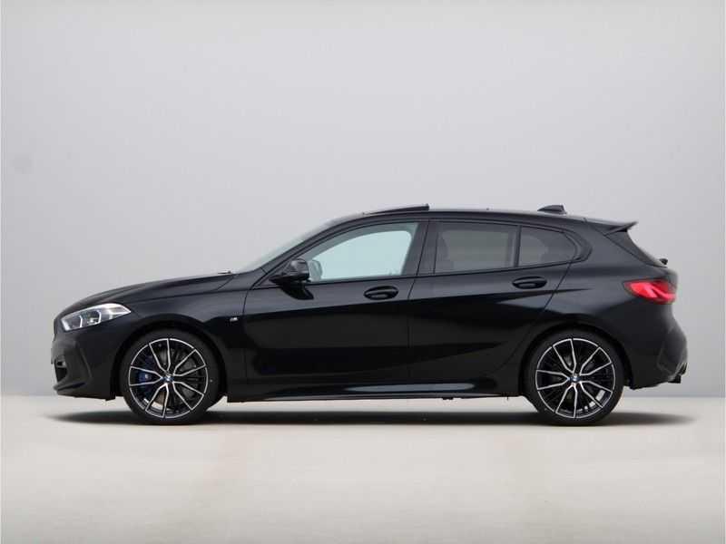 BMW 1 Serie 118i Corporate Executive M Sport afbeelding 18