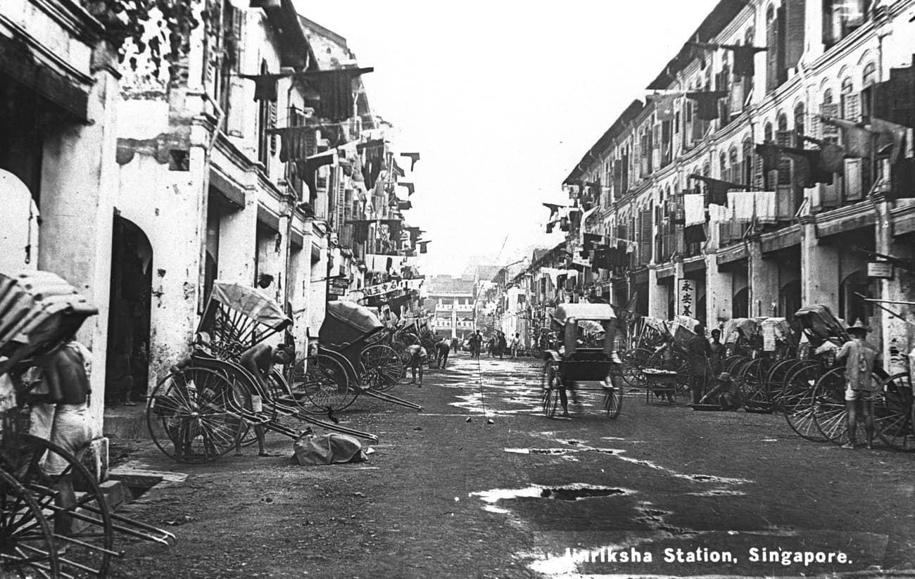 Rickshaws and Chinese shophouses in Singapore, c. 1910
