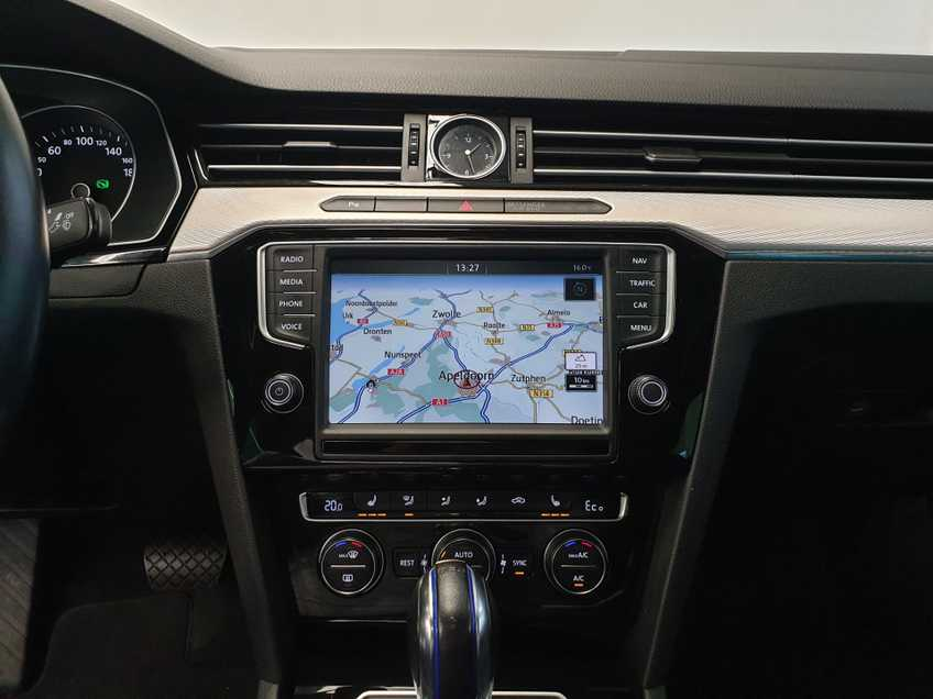 Volkswagen Passat 1.4 TSI GTE Highline EX BTW Navigatie Panoramadak LED PDC Clima Cruise 17`LM afbeelding 9
