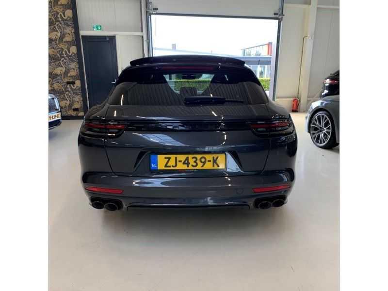 Porsche Panamera Sport Turismo 2.9 4 E-Hybrid   Sportuitlaat   Achteras sturing   Carbon   Stoel koeling   HUD   afbeelding 4