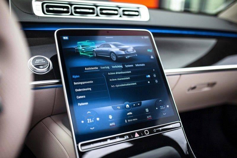 "Mercedes-Benz S-Klasse 500 4Matic Lang AMG NP €193.000 *Pano / 3D Burmester / HUD / Distronic / 21"" / 3D Display* afbeelding 18"