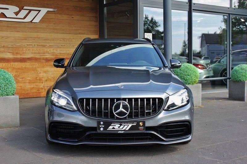 Mercedes-Benz C-Klasse C63 AMG 4.0 V8 Estate 476pk! **360°Camera/Burmester/Spoorassistent** afbeelding 22