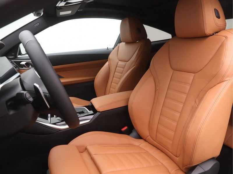 BMW 4 Serie Coupé 420i High Executive M-Sport Automaat afbeelding 16