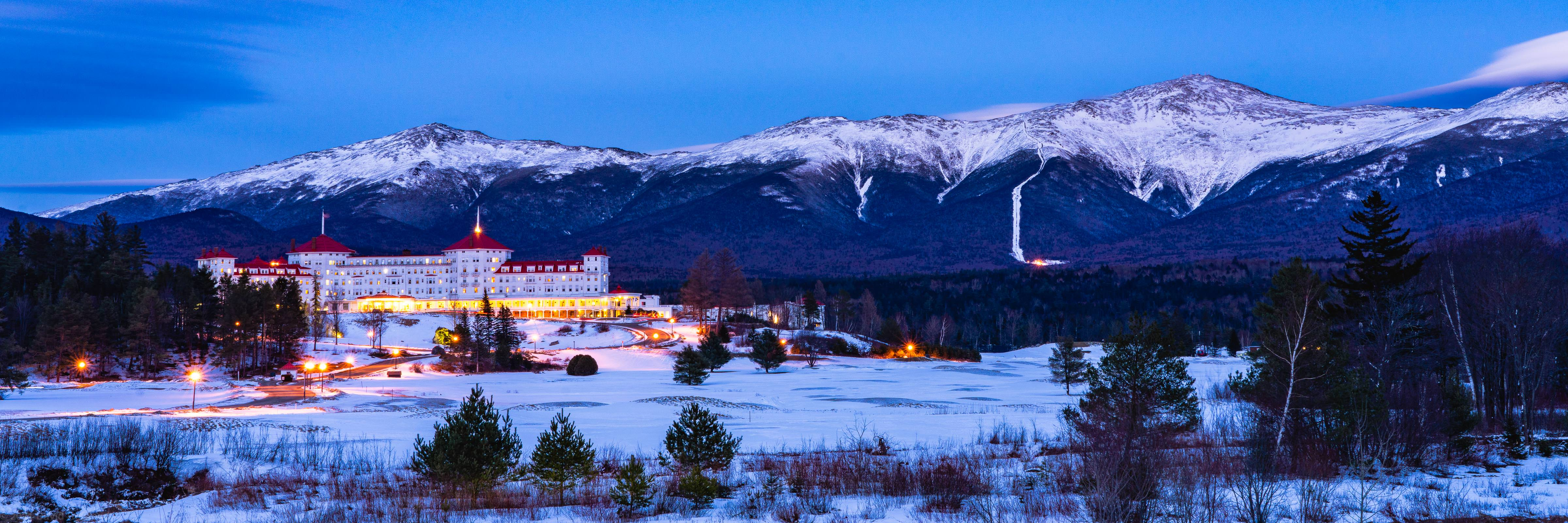 The Presidential Range and the Mount Washington Hotel