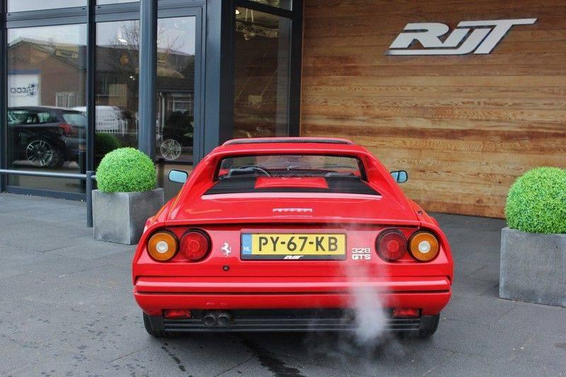 Ferrari 328 GTS Quattrovalvone 3.2 V8 270pk NL Auto afbeelding 5