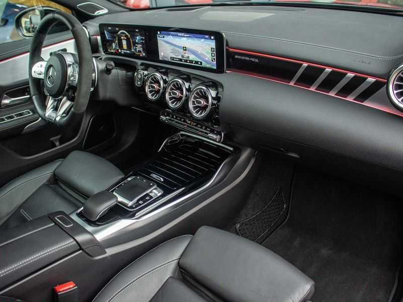 Mercedes-Benz A-Klasse A35 AMG 4MATIC Premium Plus afbeelding 6