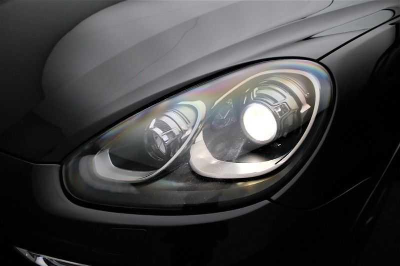 Porsche Cayenne 3.0 D Sport design  Porsche Approved Garantie Pano Lucht PDLS  afbeelding 21