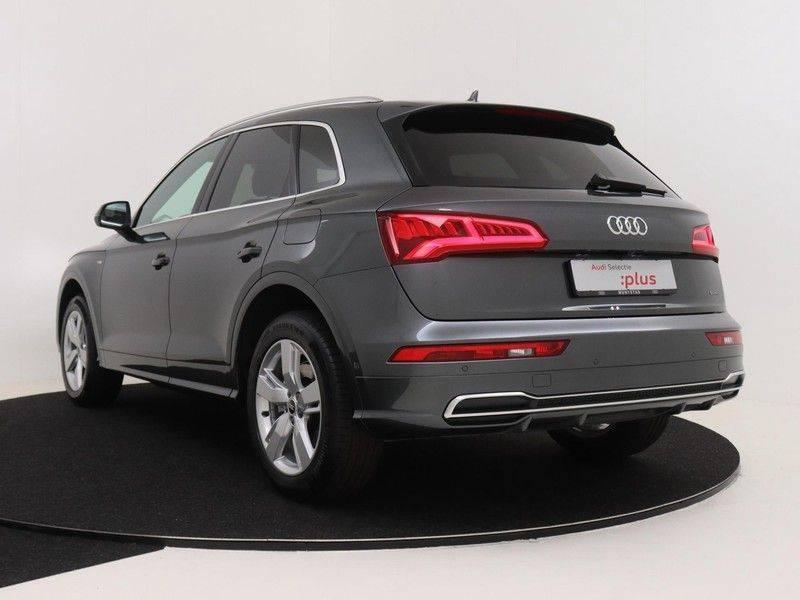 Audi Q5 50 TFSI e 299 pk quattro S edition   S-Line  Matrix LED koplampen   Assistentiepakket City/Parking   360* Camera   Trekhaak wegklapbaar   Elektrisch verstelbare/verwambare voorstoelen   Verlengde fabrieksgarantie afbeelding 7