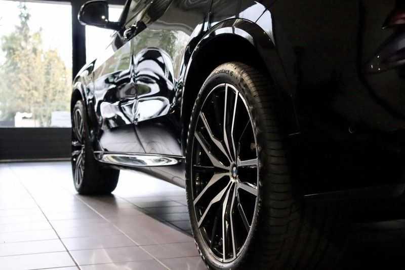 BMW X5 xDrive30d High Ex M-Sport NL|1Eig|22''|Shadow|HuD afbeelding 10