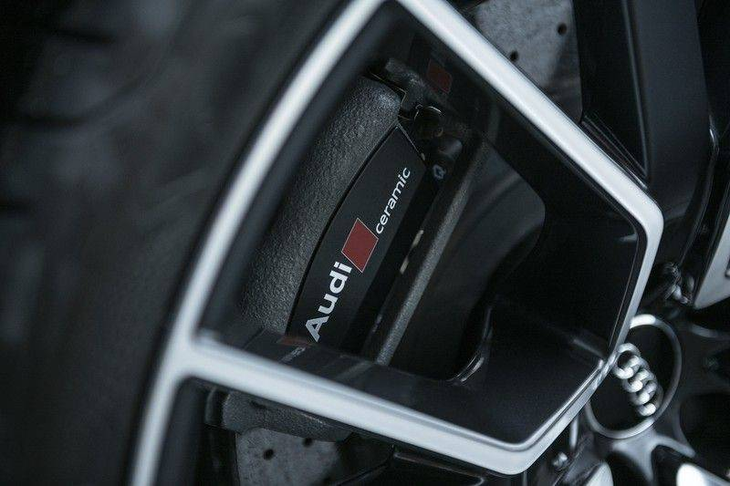 Audi RS6 Performance Pro Line Plus 4.0 TFSI quattro 605PK BTW + Keramisch + Carbon + Nardo Grey + Panoramadak + 4 nieuwe banden afbeelding 11
