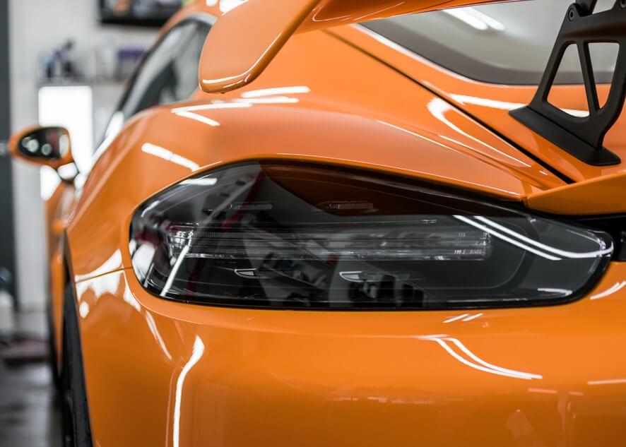 Dark rear lights after tinting service