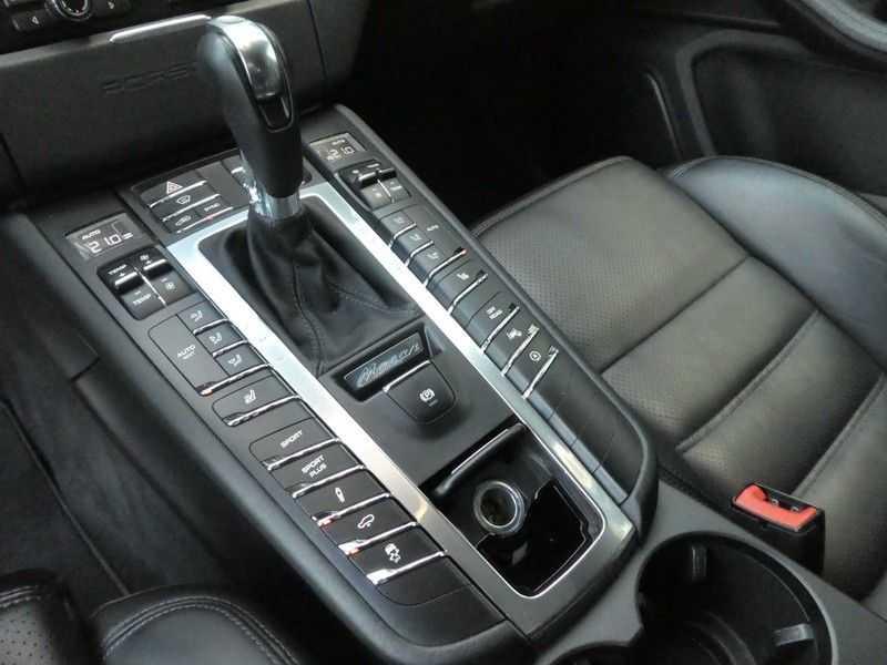 Porsche Macan 3.6 Turbo afbeelding 14