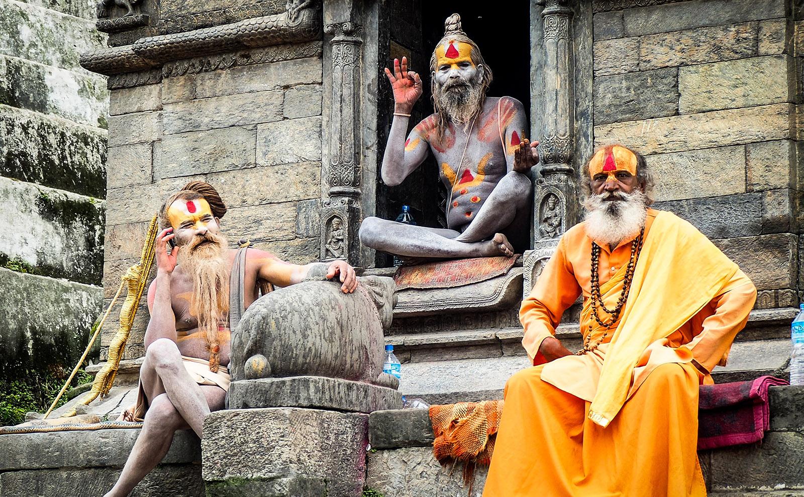 Hindu Holymen, Dark Academia, Storytelling Fests, Secret Language & More: Endnotes 16 October
