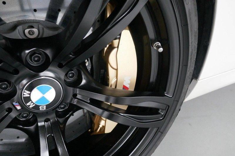 BMW 6 Serie Cabrio M6 Ceramic brakes - Akrapovic - B&O afbeelding 19