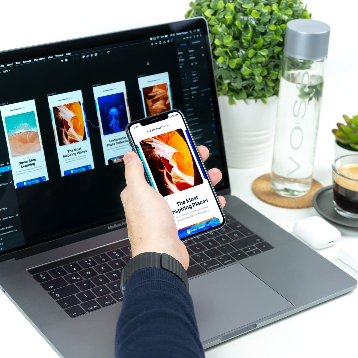 UI designer designer the interface of an app using a UI design tool