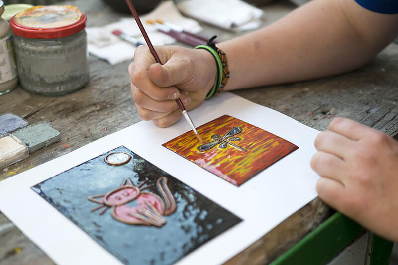 Kreslení na sklo barvami