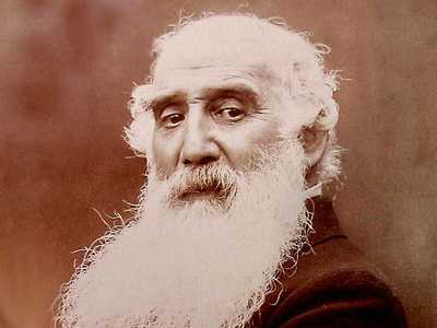 A photography of Pissarro at the age of 70.