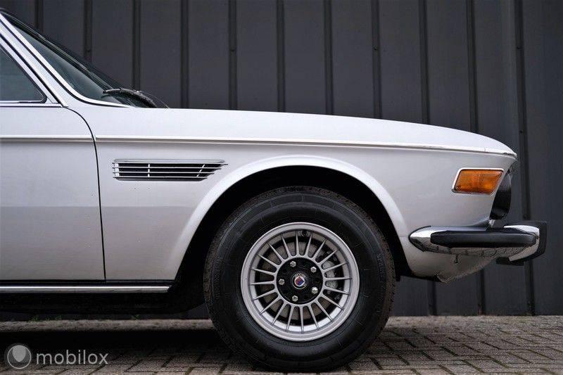 BMW 3.0 CSi coupé | Handgeschakeld | Gerestaureerd afbeelding 10