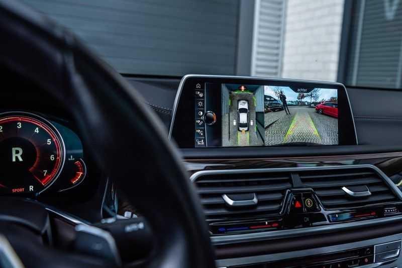 BMW 7 Serie 750i xDrive High Executive, 450 PK, Schuifdak, Gesture Control, Display/Key, Massage, Head/Up, Surround view, 56DKM!! afbeelding 13