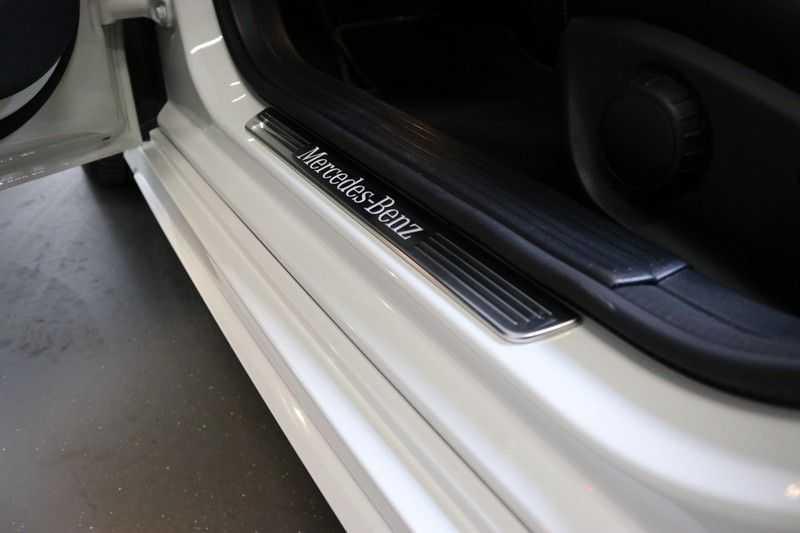 Mercedes-Benz CLA-Klasse Shooting Brake 180 PEAK Edition | Panoramadak | Achteruitrijcamera | AMG Pakket | Keyless | afbeelding 23