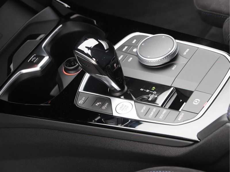 BMW 1 Serie 120i Exe Aut M-Sport 179 pk afbeelding 20