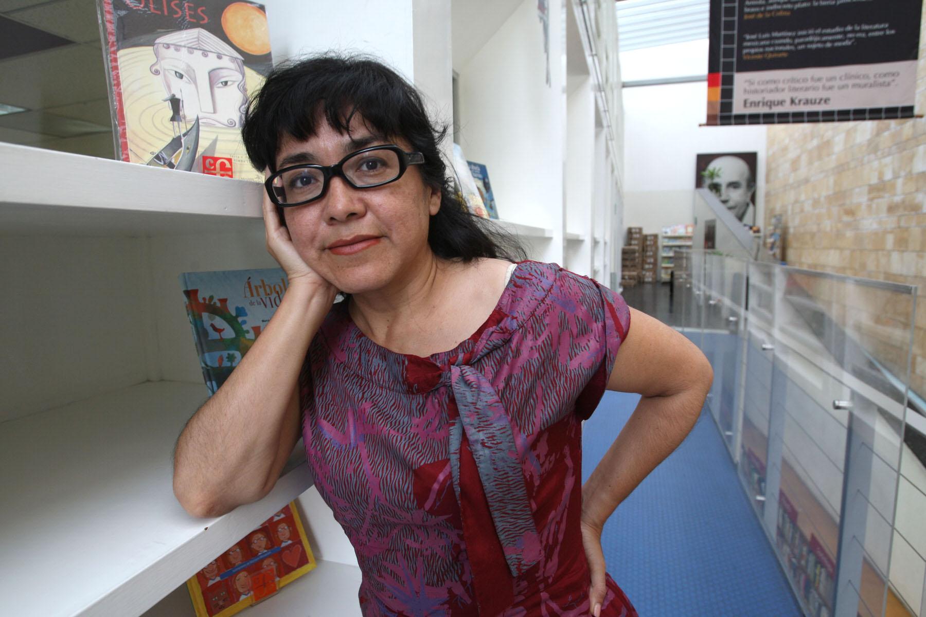 image from PEN / KJCC Poetry Series / CWS: Voces que migran: Cristina Rivera Garza (México) e Irene Gruss (Argentina)