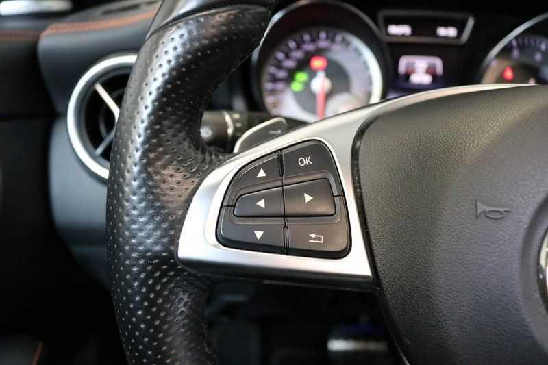 Mercedes-Benz CLA-Klasse Shooting Brake 200 OrangeArt Edition | VERKOCHT! | | Panoramadak | Memory stoelen | AMG Pakket | Night Pakket | Achteruitrijcamera | afbeelding 16