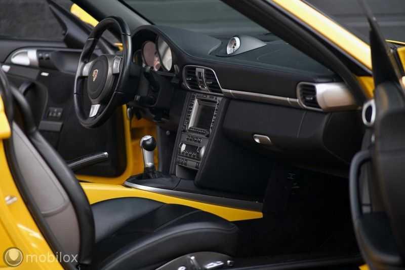 Porsche 911 3.6 Turbo afbeelding 12