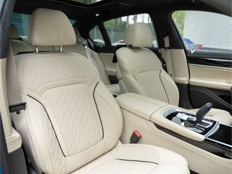 BMW 7 Serie 745Le xDrive Individual ''Maldives Blue'' - Full Option afbeelding 23