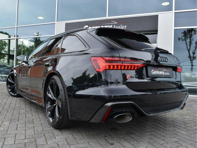 Audi RS6 4.0TFSI 600pk Quattro Keramiek Carbon B&O High-End Softcl Nachtz TV Laser Standk VOL!! afbeelding 9